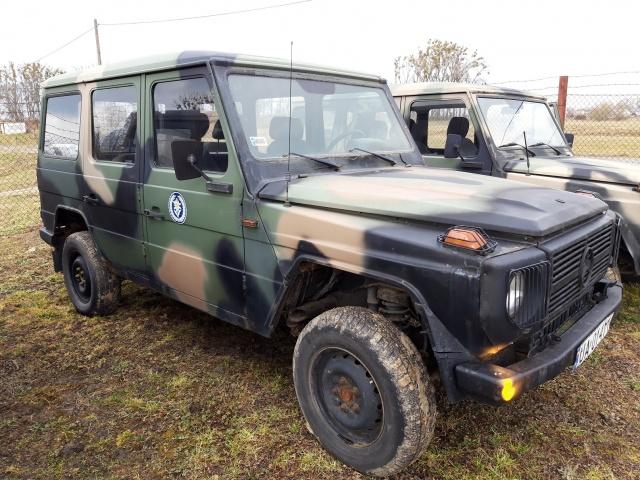 Samochod_ciezarowo-osobowy_wysokiej_mobilnosci_MERCEDES_290_GD_2.jpg