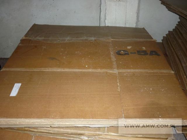 Kartony specjalne do zestawów medycznych, w tym: do zestawu B-1 - 108 szt., do zestawu B-3 - 284 szt. i do zestawu G-5a - 46 szt.
